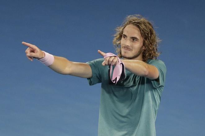 El griego Stefano Tsitsipas, tras la victoria sobre Roger Federer en Australia.