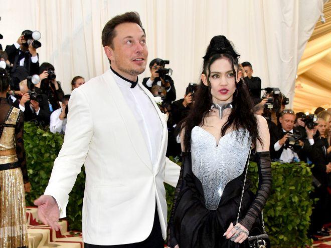 Grimes y Azealia Banks, citadas a declarar en el juicio contra Elon Musk