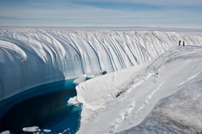 Cañón tallado por el agua del deshielo en Groenlandia.