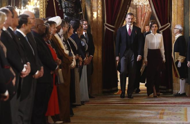Los Reyes Felipe y Letizia, en la recepción al Cuerpo Diplomático...