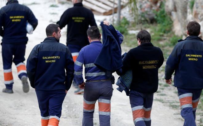 Efectivos de la Brigada de Salvamento minero se unen al rescate de Julen.