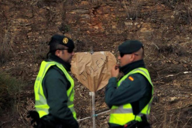 Agentes de la Guardia Civil en el rescate de Julen, el niño del pozo...
