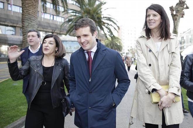 El presidente del PP, Pablo Casado, junto a Ruth Beitia y Gema Igual, durante la presentación de candidatos en Cantabria