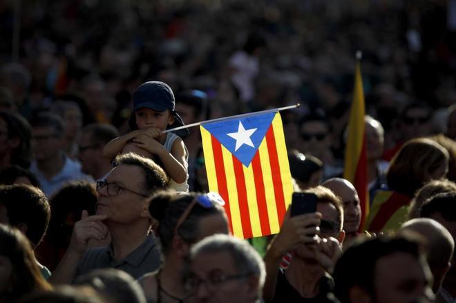 Un aspecto de la manifestación en favor de la liberación de Jordi Sánchez y Jordi Cuixart.