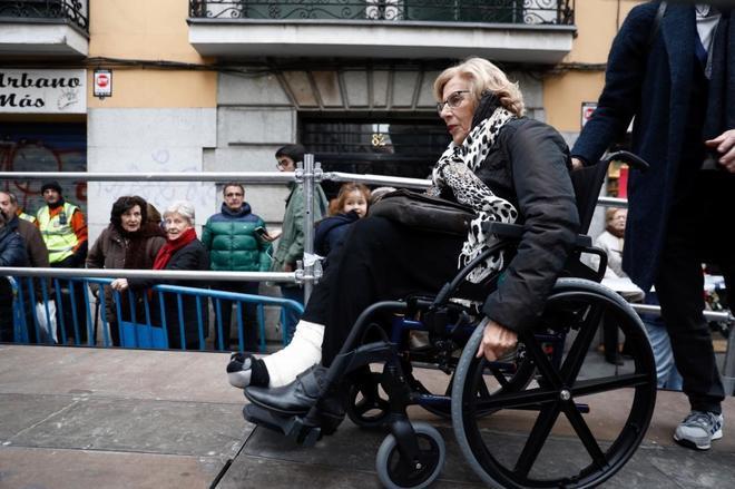 Manuela Carmena, en un acto reciente, con silla de rueda.