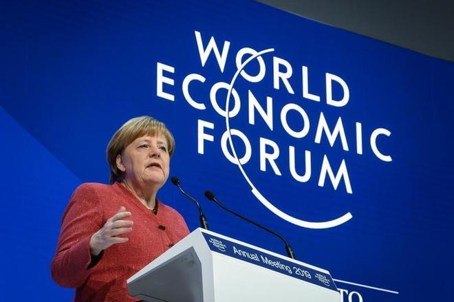 La canciller alemana, Angela Merkel, durante su discurso, hoy, en Davos.