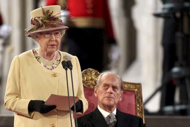 Felipe De Edimburgo Su Accidente Revela Su Crudo Dia A Dia Con Isabel Ii Ya No Desayunan Juntos Casa Real