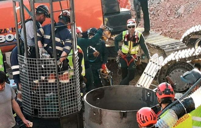 Momento de la entrada de la Brigada de Salvamento Minero en busca del...