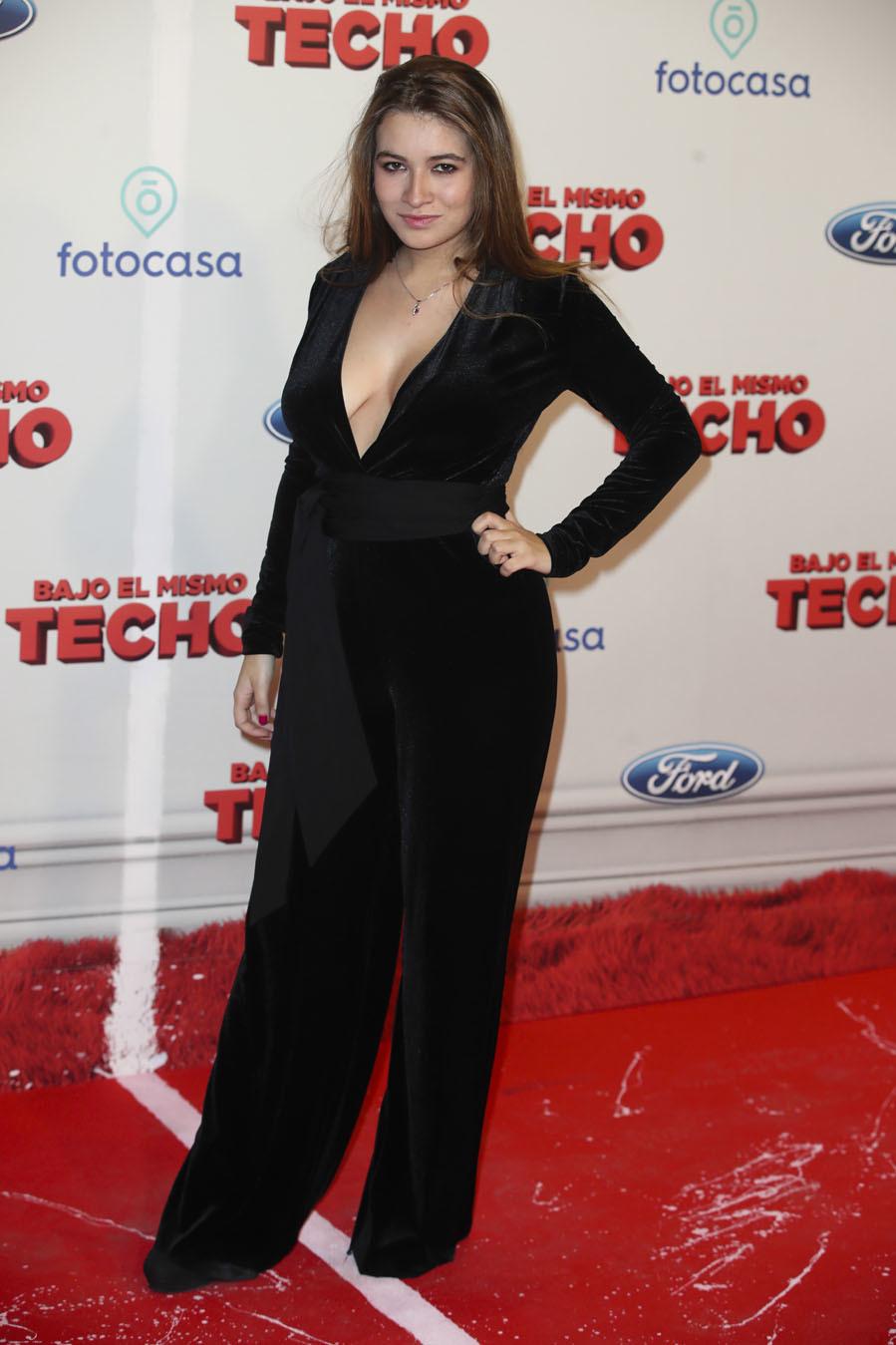 """Aida Folch Tetas carlota boza - estreno de """"bajo el mismo techo""""   moda   el"""