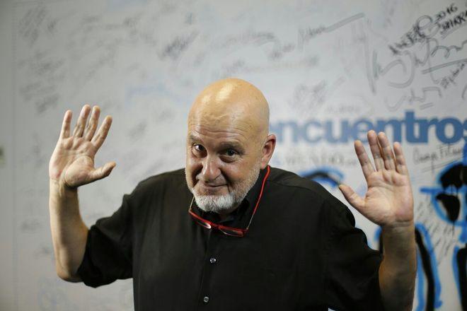 """Antón Reixa: """"¿Lo más embarazoso de mi vida? Salí a un escenario de Sevilla y dije: 'Hola, África'"""""""