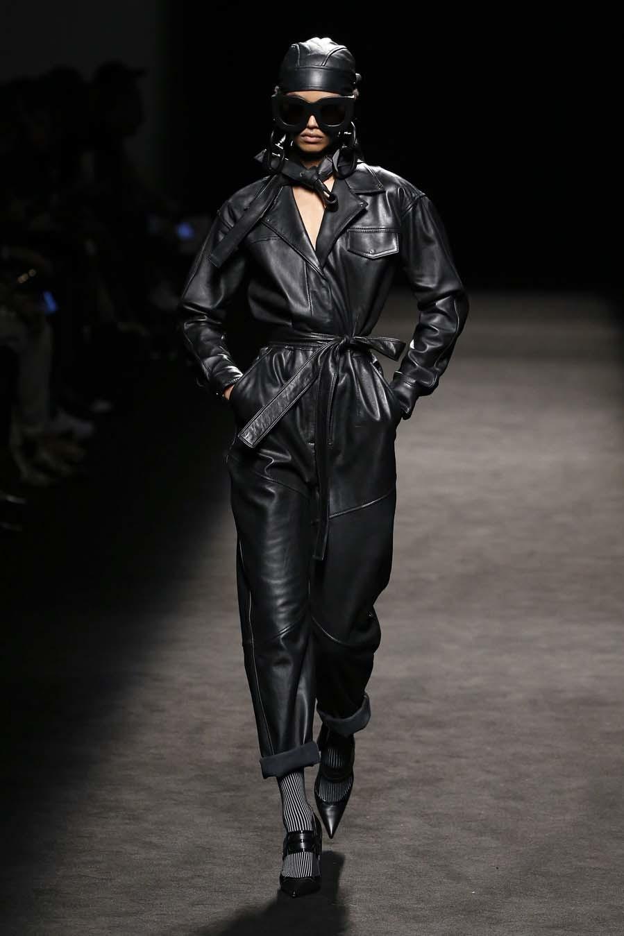 Desfile de Juan Vidal - Mercedes-Benz Fashion Week Madrid - Colección...
