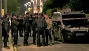 Agentes de la Policía Nacional, en Dos Hermanas, donde un hombre ha...