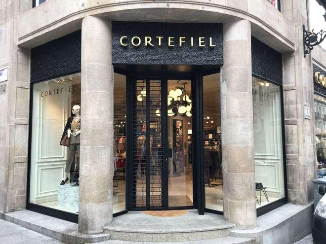Imagen de una tienda de Cortefiel
