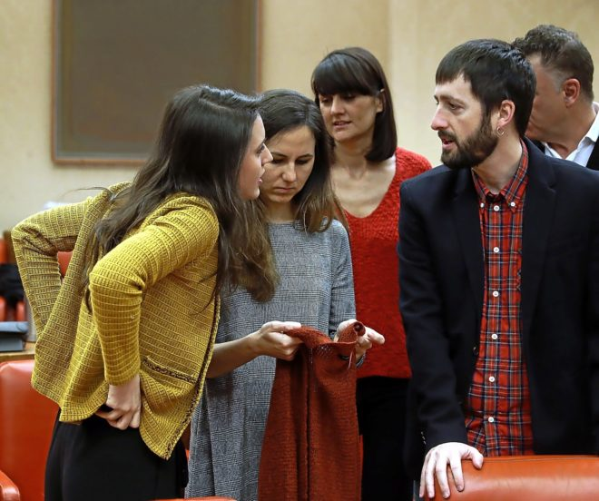 Irene Montero dialogo con los diputados de Podemos en el Congreso de...