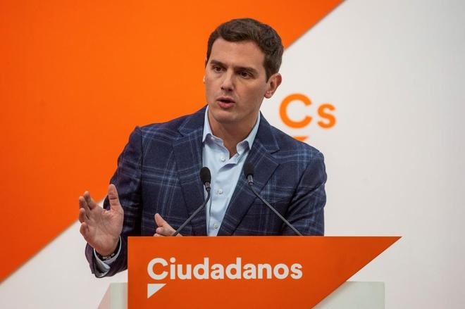 El presidente de Ciudadanos, Albert Rivera, en comparecencia en la...
