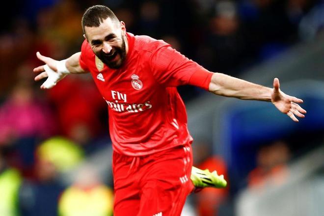 Karim Benzema celebra su segundo gol al Espanyol, el pasado domingo.