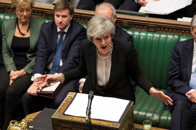 Theresa May interviene el debate sobre el Brexit, este martes en el Parlamento británico en Londres.