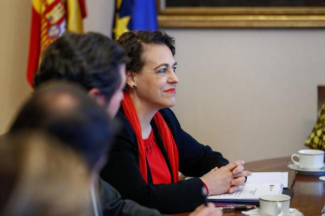 La ministra de Trabajo y Asuntos Sociales, Magdalena Valerio