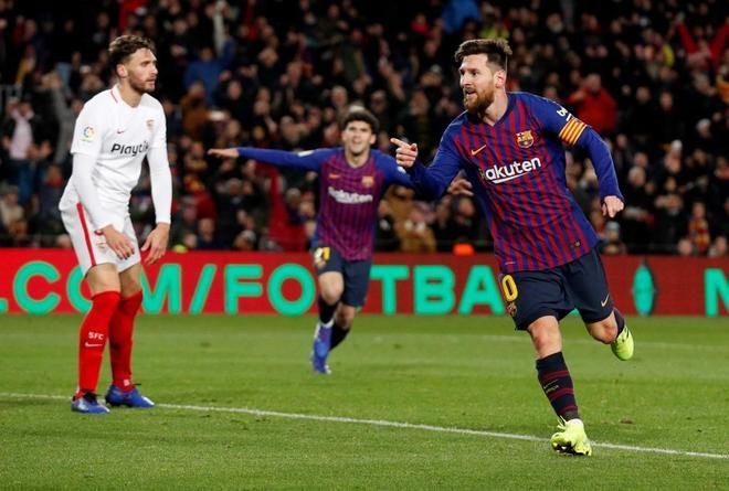 Messi celebra su gol al Sevilla, el sexto del Barcelona.