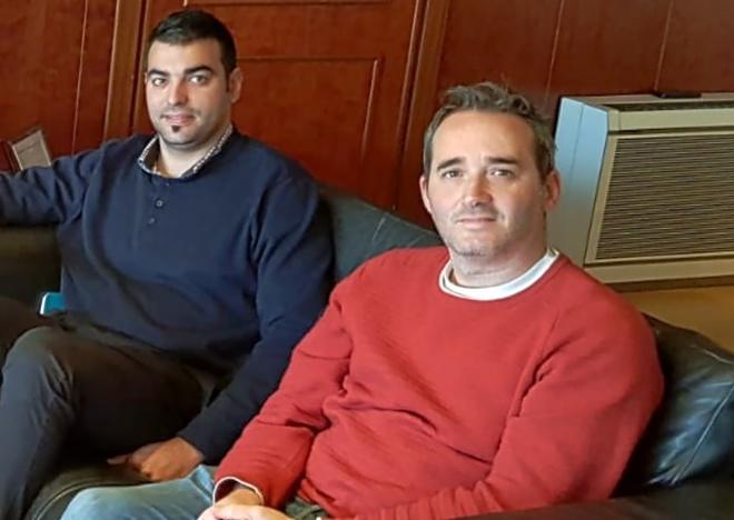 El gerente del IME, el socialista José María Gonzaléz Navarro, a la derecha,