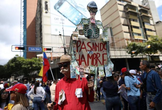 Manifestación  en Caracas de simpatizantes de la oposición contra el...