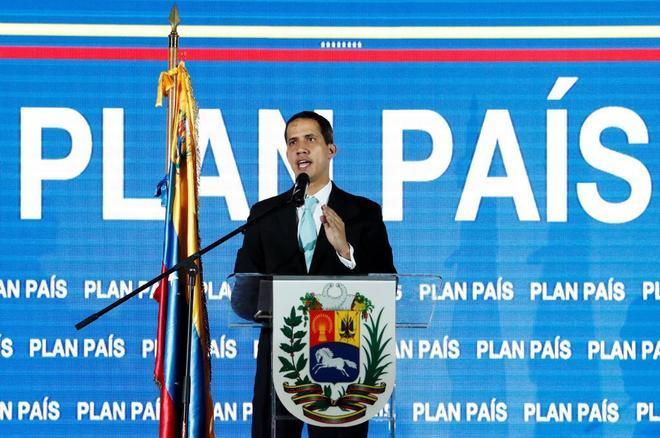 Juan Guaidó, en su rueda de prensa para presentar el 'Plan país'.
