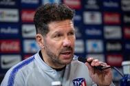 Diego Pablo Simeone, técnico del Atlético de Madrid, en rueda de prensa.