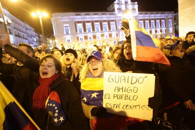 Concentración para pedir el cambio político en Venezuela, en Madrid.