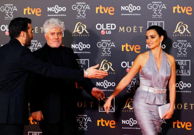 El director de cine Pedro Almodóvar y la actriz Penélope Cruz.