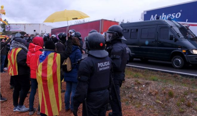 Protesta independentista a la salida de los presos de Brians el viernes