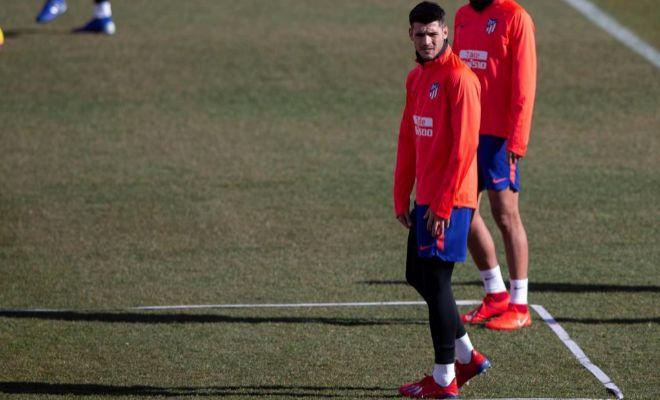Morata, durante uno de sus entrenamientos con el Atlético.