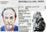 Fotografía del pasaporte con la identidad falsa e imagen de la huella de unos de los dedos.