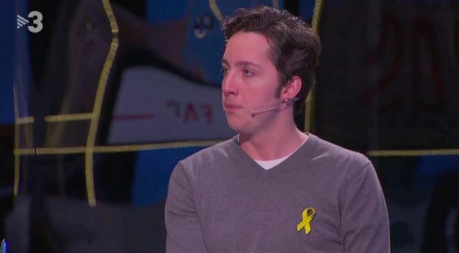El pequeño Nicolás durante su aparición en TV3 donde muestra un...