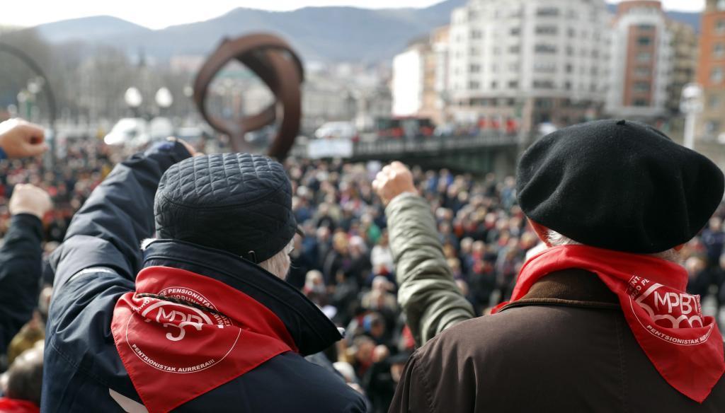 Concentración de los pensionistas en Bilbao.