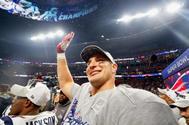 Rob Gronkowski celebra la victoria de los Patriots en la Super Bowl, este domingo.