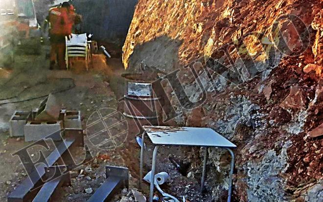 Imagen de los trabajos realizados en el exterior del pozo para el rescate de Julen.