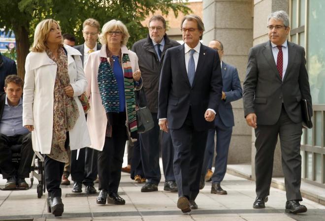 Artur Mas, Irene Rigau y Joana Ortega en el Tribunal de Cuentas el pasado octubre