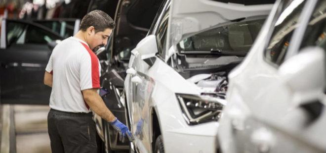 Seat trabajará los fines de semana de marzo para fabricar 4.300 coches más en Martorell