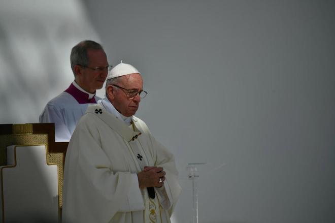 Calendario Curas Vaticano 2019.El Papa Reconoce Los Abusos A Monjas De Algunos Curas Y