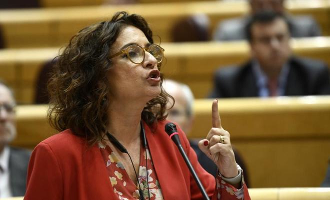 La ministra de Hacienda, María Jesús Montero, ayer en el Senado.