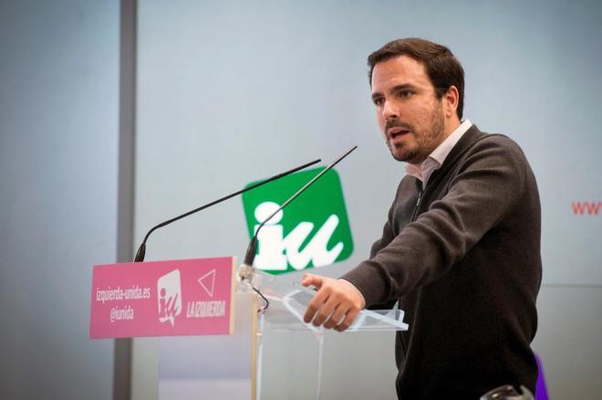 El coordinador general de Izquierda Unida, Alberto Garzón, interviene en la reunión de su Asamblea Político y Social (APyS).