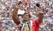 Gran triunfo de Joselito Adame ante una Monumental llena y rendida
