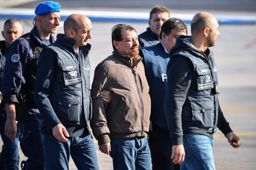 El ex militante comunista italiano Cesare Battisti, recién extraditado de Bolivia.