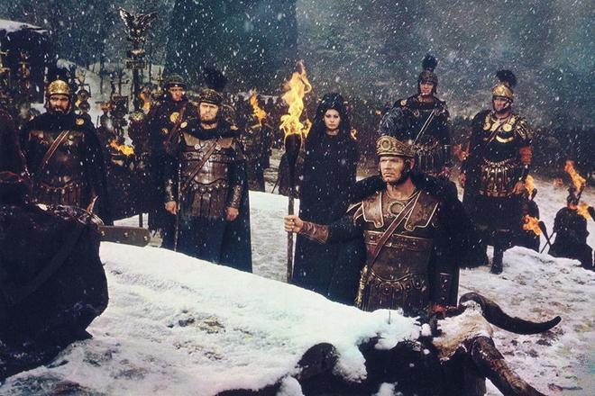 Fotograma de la película 'La caída del Imperio romano'.