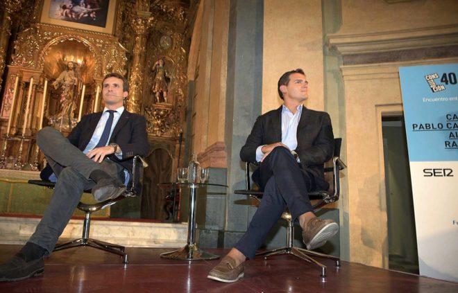Los presidentes de PP y Ciudadanos, Pablo Casado y Albert Rivera, en...