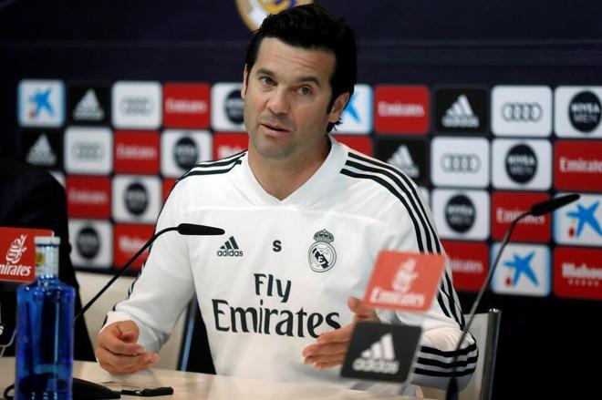 El entrenador argentino del Real Madrid Santiago Solari, durante una rueda de prensa.