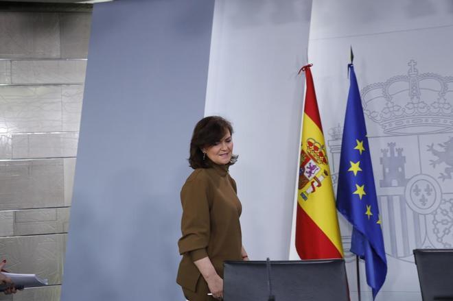 La vicepresidente del Gobierno, Carmen Calvo, en el Consejo de Ministros