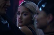 Ariana Grande en el videoclip de Break up with your girlfriend, i'm bored