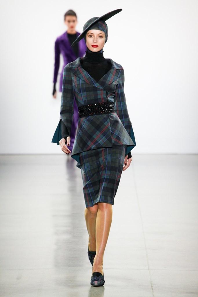eae31dab2 Chiara Boni en clave sofisticada en la Semana de la Moda de Nueva York