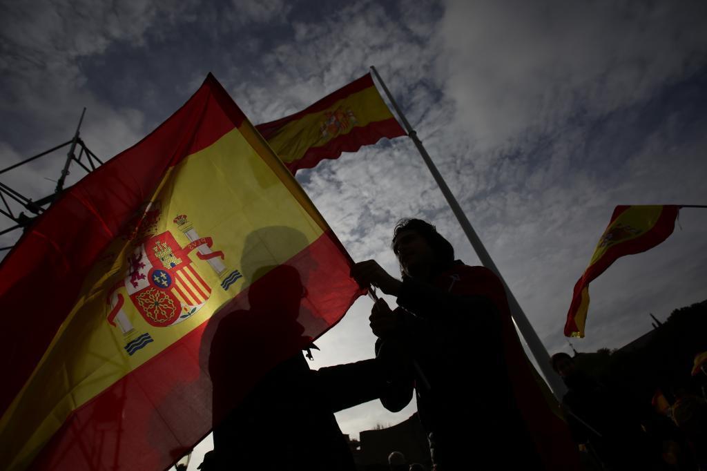 Concentración por la unidad de España y el adelanto electoral en la...
